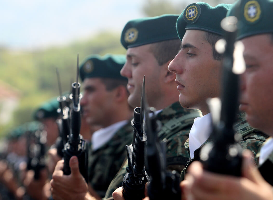 fantaroi-stratos-thitia-υπηρεσίες στο στρατό